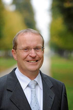 Herr Thomas Reusch-Frey
